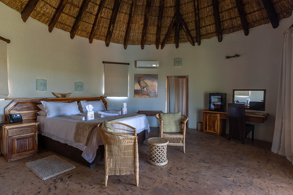 mopane_bush_lodge1_8180318